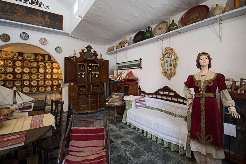 Το σπίτι του Κάστρου - Λαογραφικό Μουσείο Μυκόνου